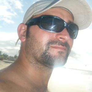 Profile picture for Anderson Zacalusni Gonçalves