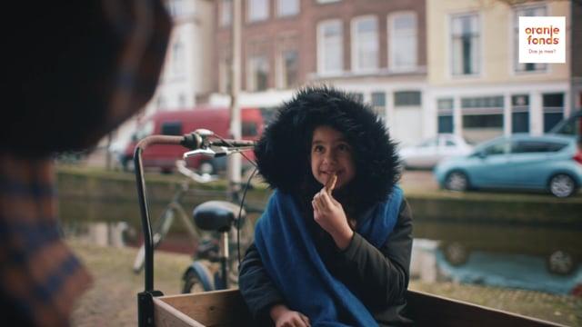 Oranje Fonds / Maatjes Gezocht, Pre-roll: Yasmina