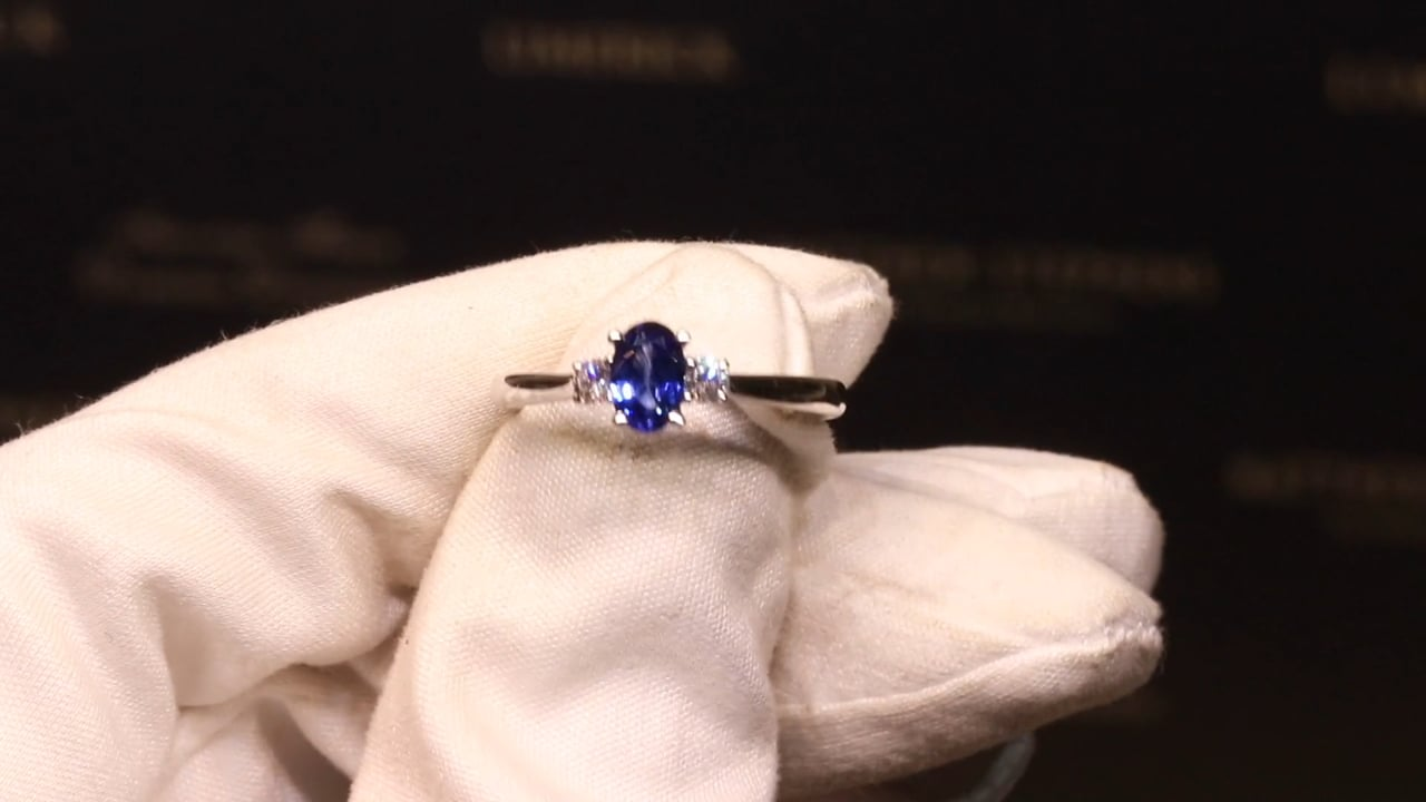 75149 - Oval Sapphire with Round Brilliant Diamond Sides, S0.52ct & D0.13ct, Set in 18ct White Gold
