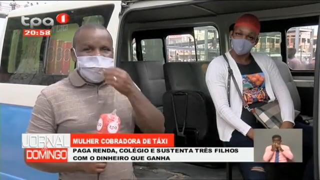Mulher cobradora de táxi