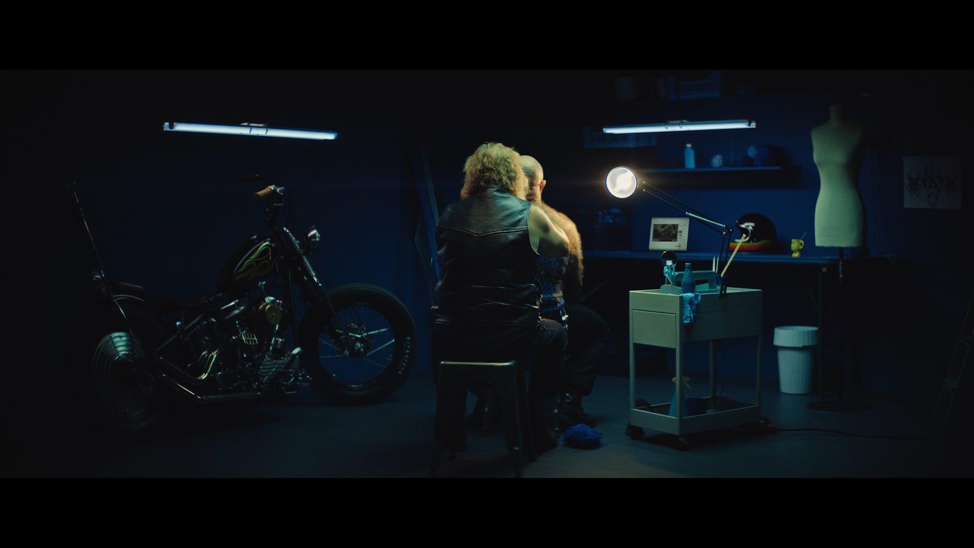 Opera - Biker (Dir. Cut)