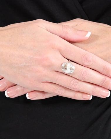 Vídeo: Anillo Madre perla blanca Forma Oval Plata de Ley 925