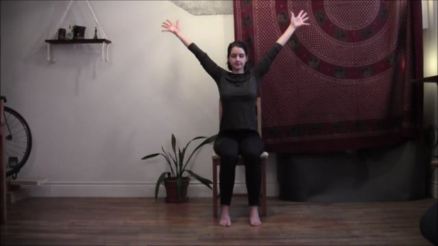 Yoga sur chaise 5 : Amplitude de mouvement