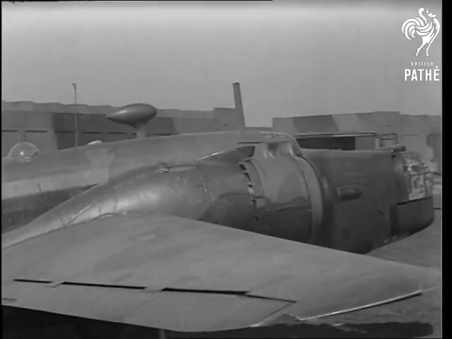 Wellington Bombers 1942 - Pathe Productions.