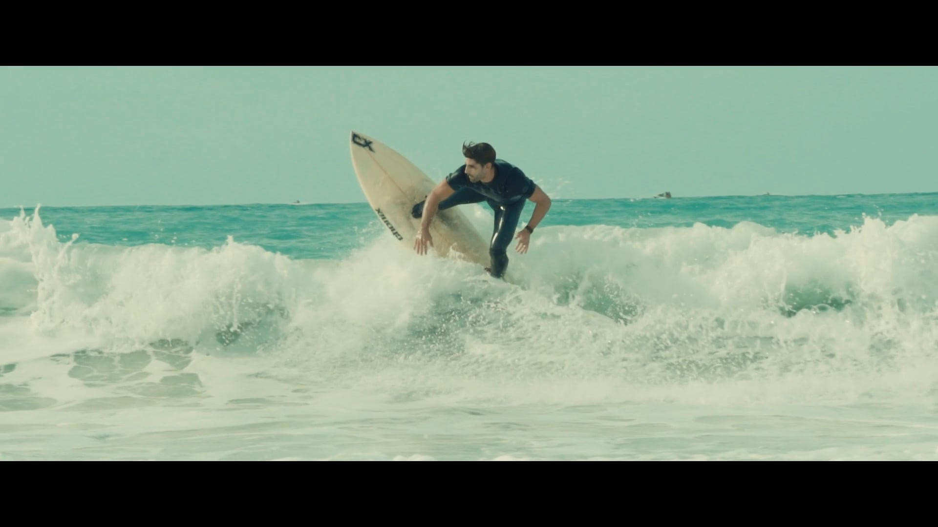 Dubai Surfers   Sunset Beach