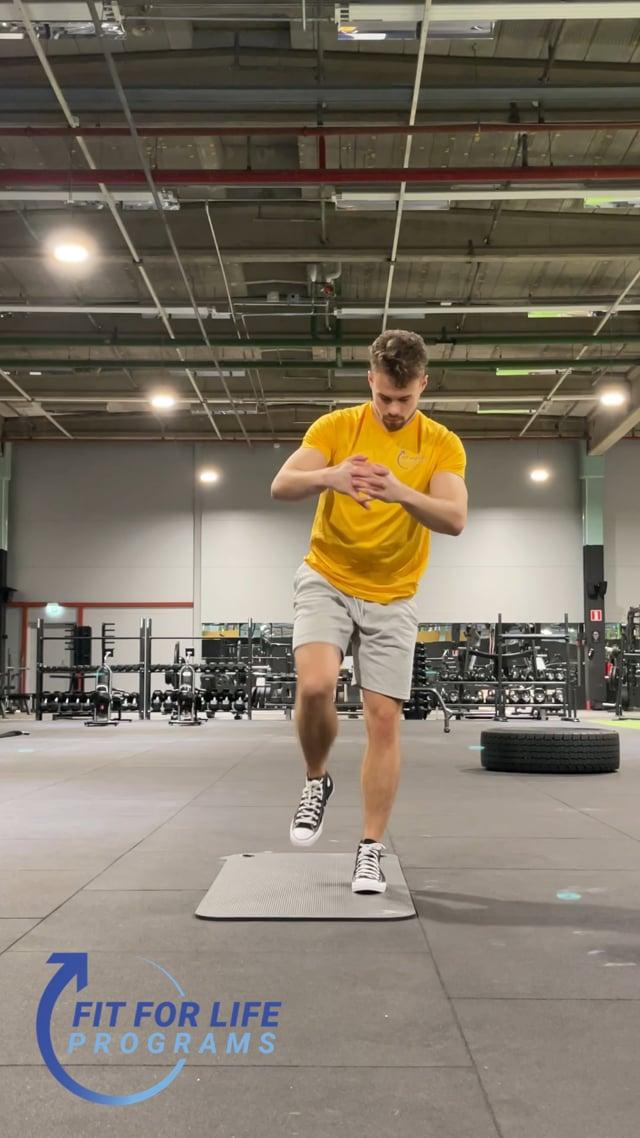 Dynamic Stretching, stepback