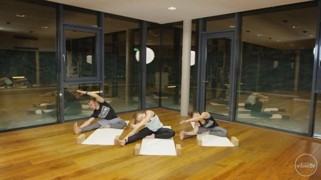Yoga #29 Glutes