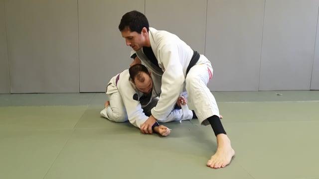 Contre de single leg en kimura trap à partir d'une demi garde avec lapel