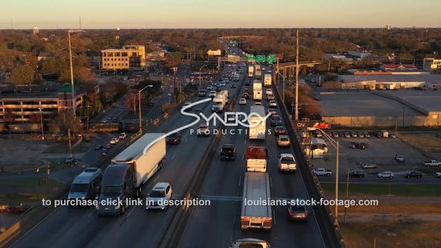 2525 18 wheelers in traffic on interstate 10 baton rouge