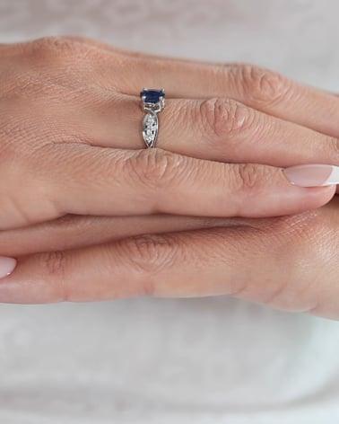 Video: 925 Sterlingsilber Saphhire und 4 Diamonds Ringe