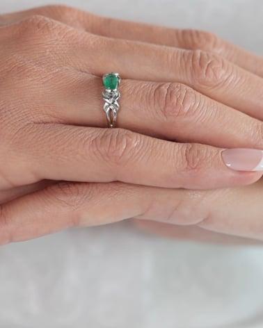 Vídeo: Bague pierre précieuse Emeraude avec diamants