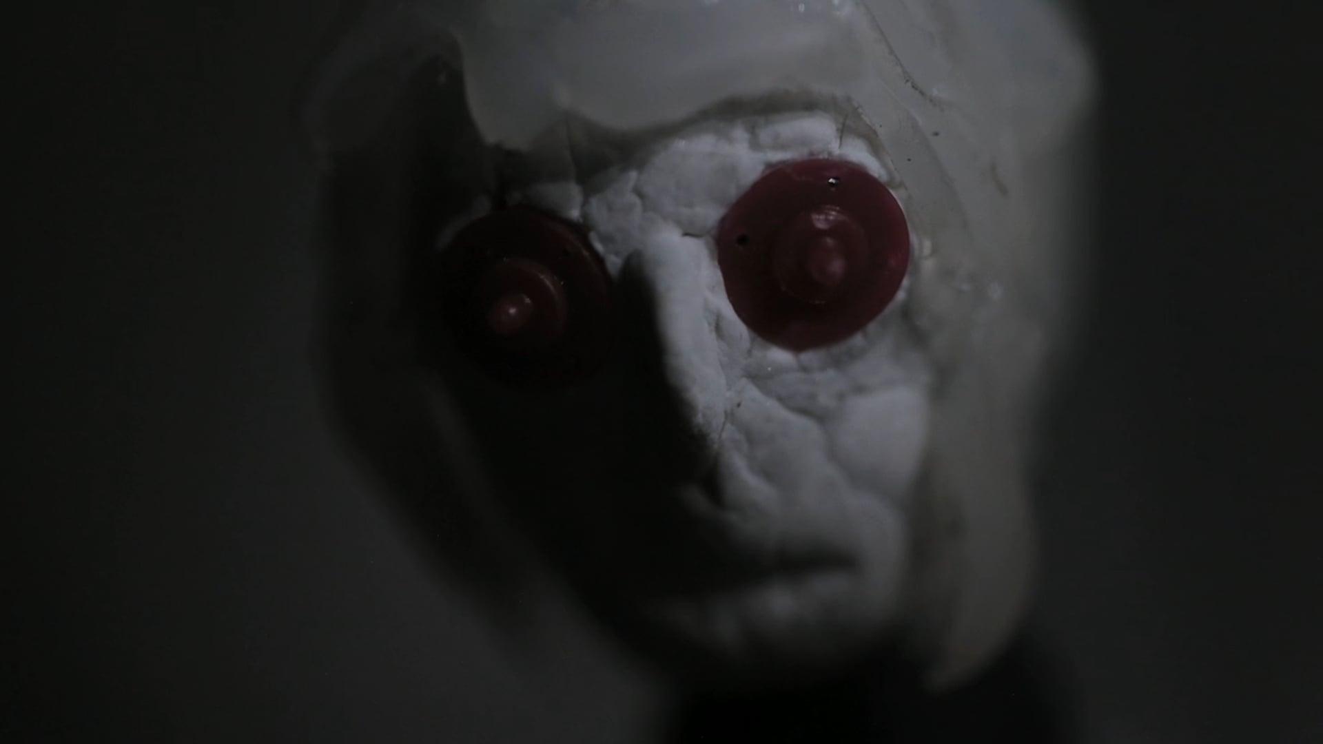 IO - Trailer
