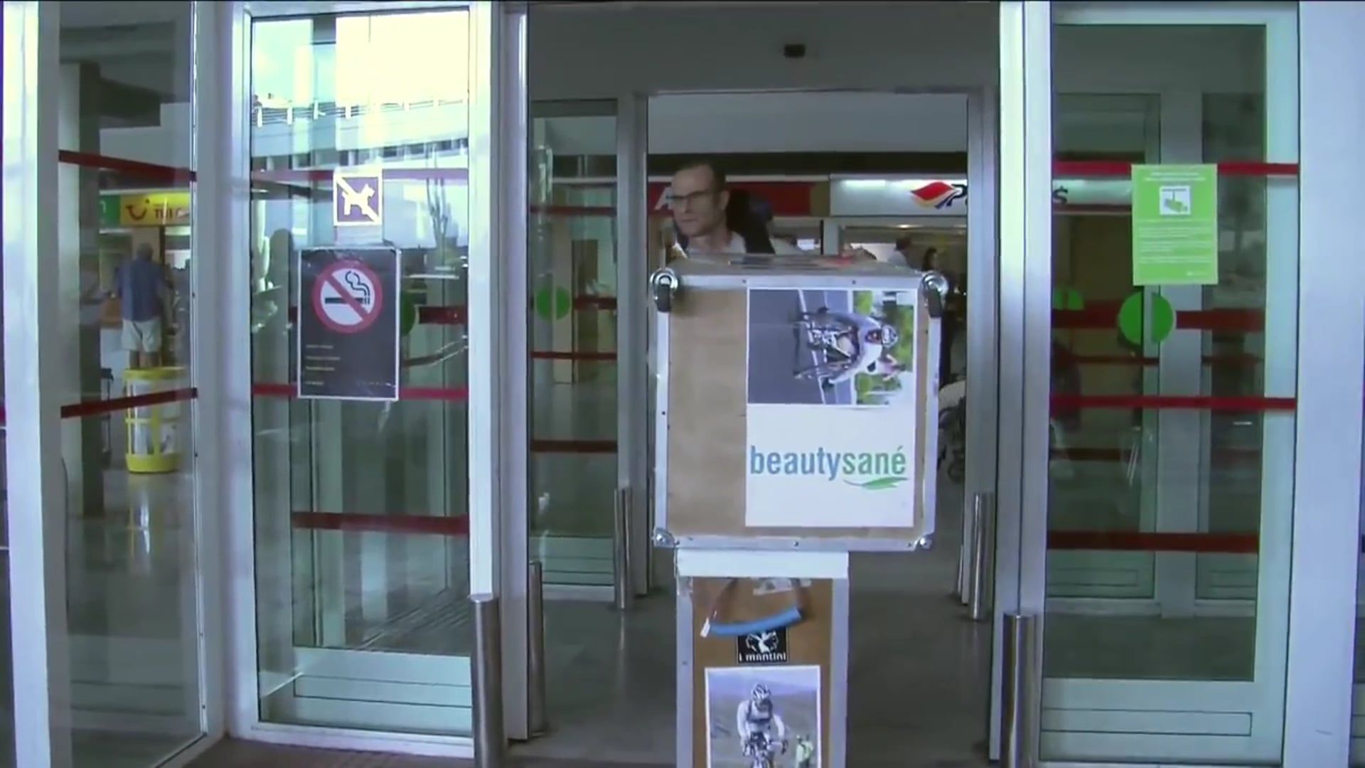 Dominique Benassi, La vie sur une Jambe