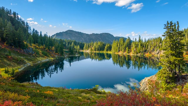 Amazing Scenery of the Chain Lakes Trail - Nature Relax Video in HDR