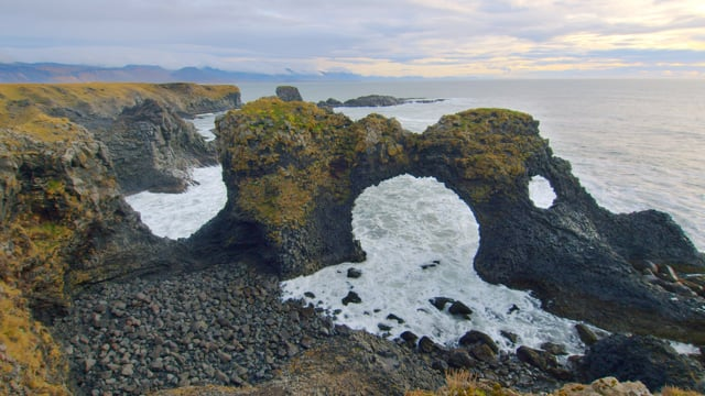 Wild Beaches of Iceland - Short Relax Video