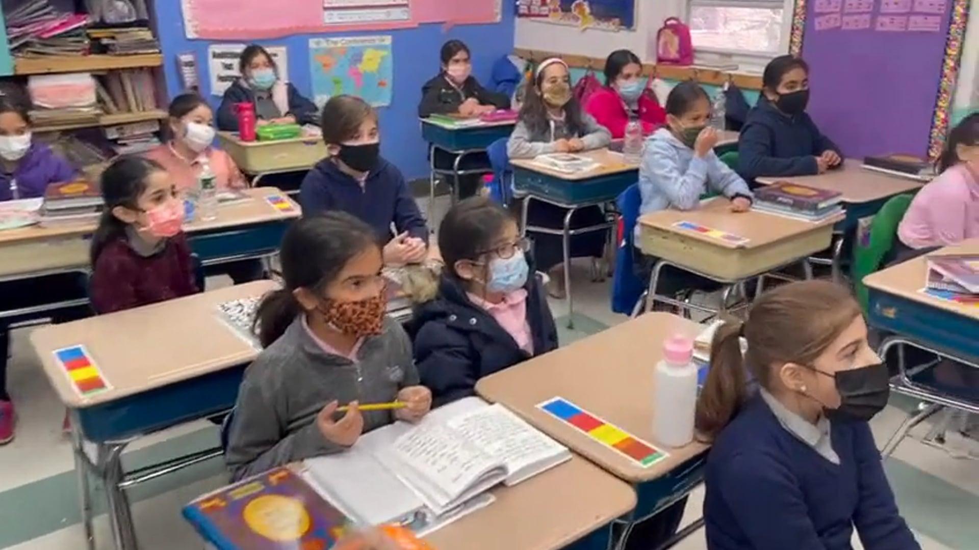 3rd Grade - Morah Cohen: Reviewing Shorashim!