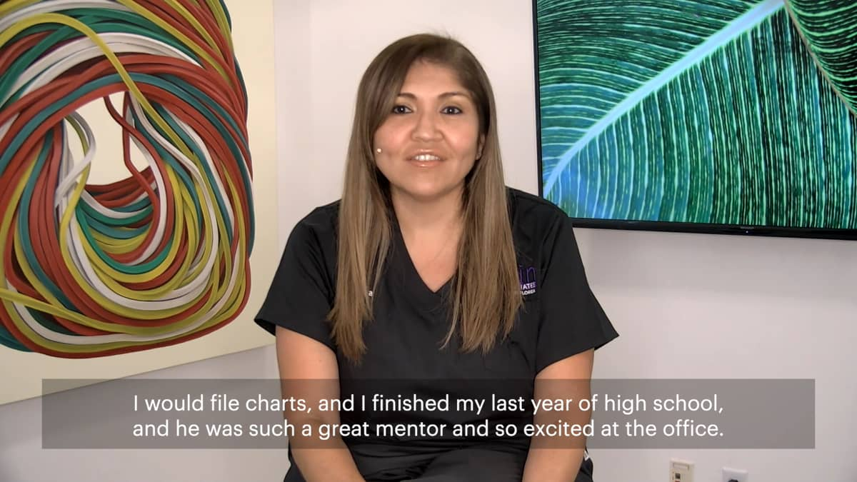 Learn how Andrea got her foot in the door as a file clerk at an aesthetics practice which inspired her to become an Aesthetic Injector.