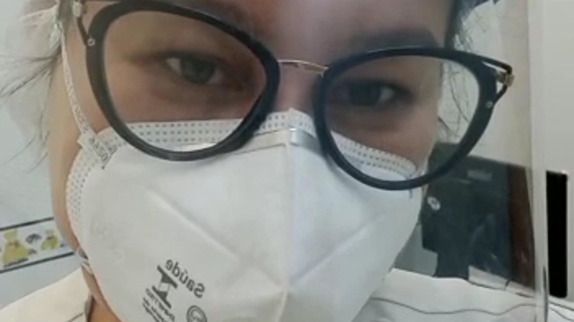 Dra. Lara Cássia macagnan Rocha Moreira