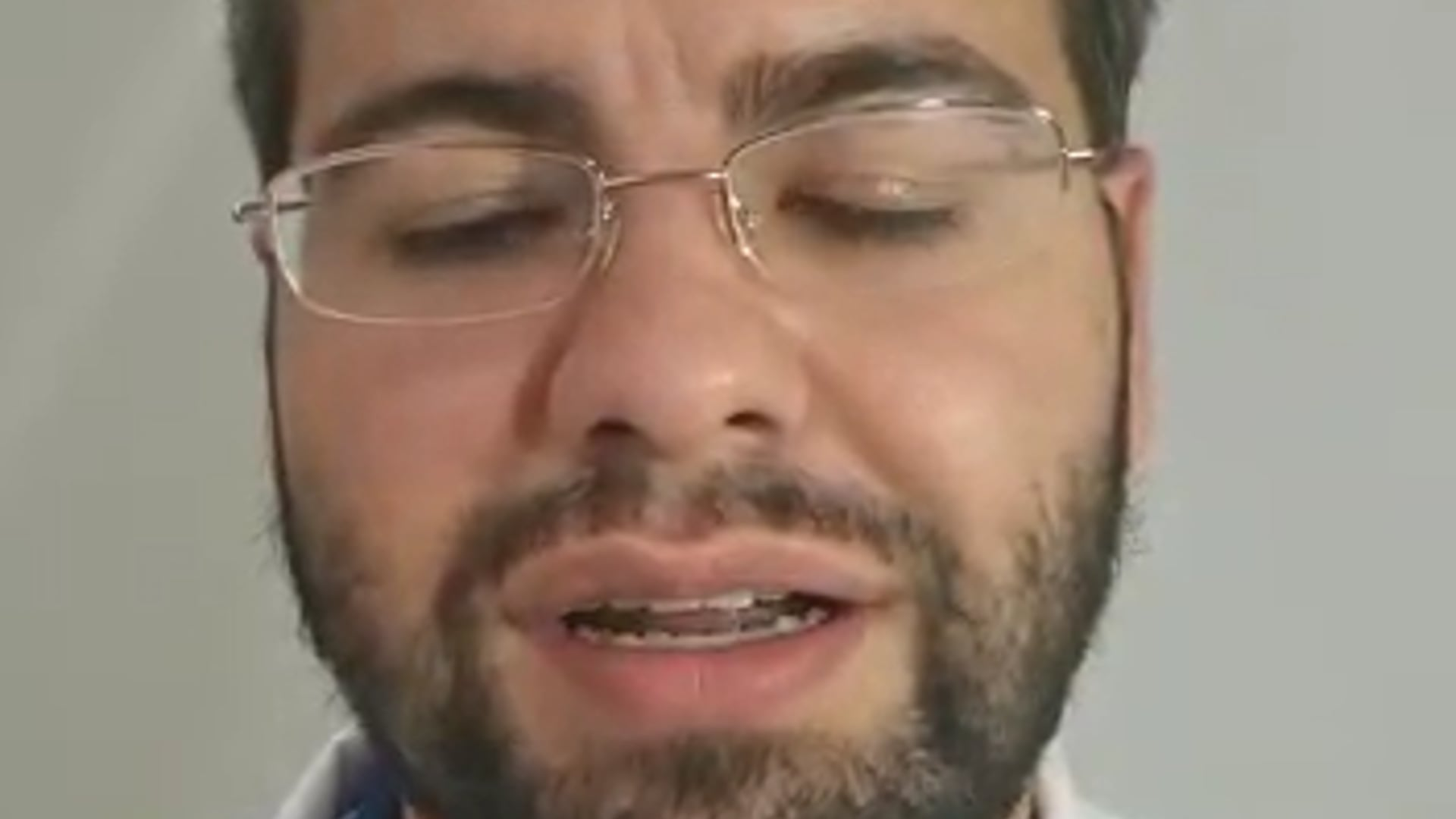 Dr Maurício Linari