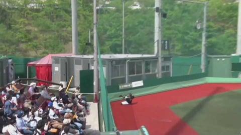 【ファーム】マリーンズ・植田がネット際の打球をスライディングキャッチ!! 2021/5/8 E-M(ファーム)
