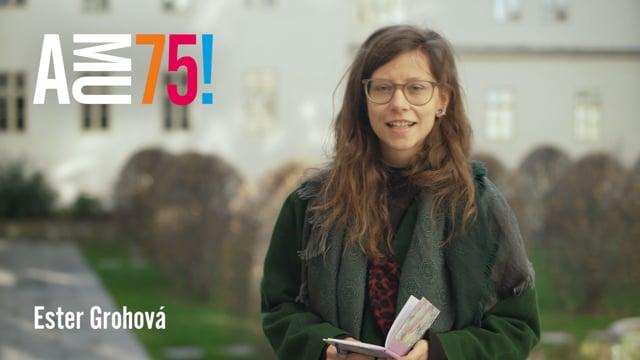 Z FAMU dnes posílá přání studentka Centra audiovizuálních studií Ester Grohová. Tato mladá režisérka má za sebou již několik audiovizuálních projektů a postupně si také vybudovala svébytnou uměleckou poetiku.