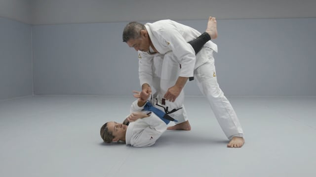 How to defend yourself from a crazy attacker? Part 2 of 4