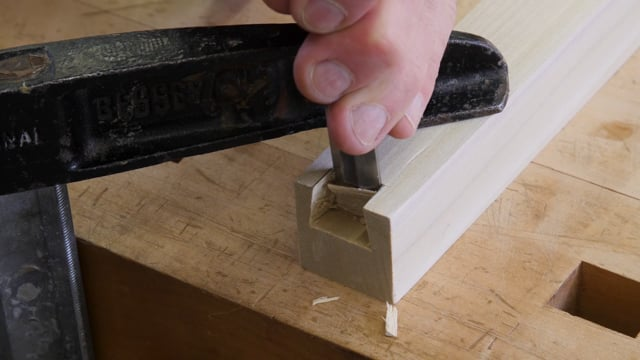 27-How to Cut Drop-in Dovetails