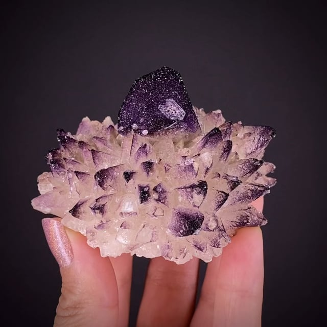 Yttrofluorite on Calcite