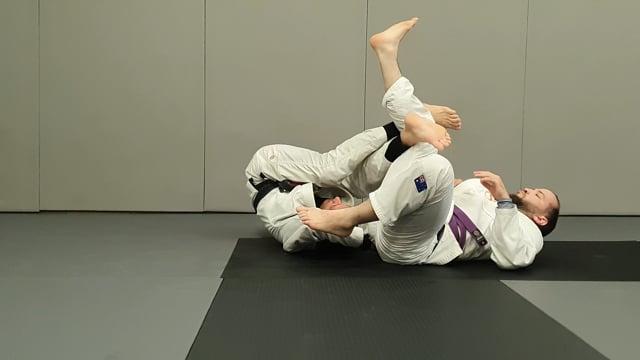 Changement de direction en leg drag quand l'adversaire ferme un coté