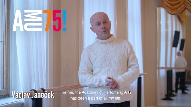 Václav Janeček je prorektor pro studijní záležitosti, pedagog a taneční mistr. V letech 1982-2000 byl sólistou Laterny magiky, od roku 2000 je zde dramaturgem a tanečním mistrem a v roce 1998 se stal dramaturgem baletu Národního divadla v Praze.