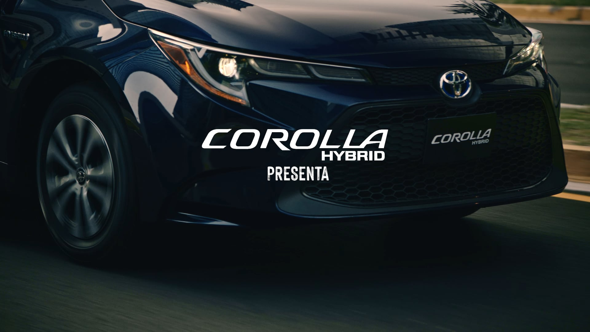COROLLA HYBRID FEATURES 2021