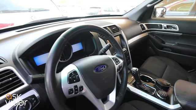 FORD EXPLORER - SILVER -...