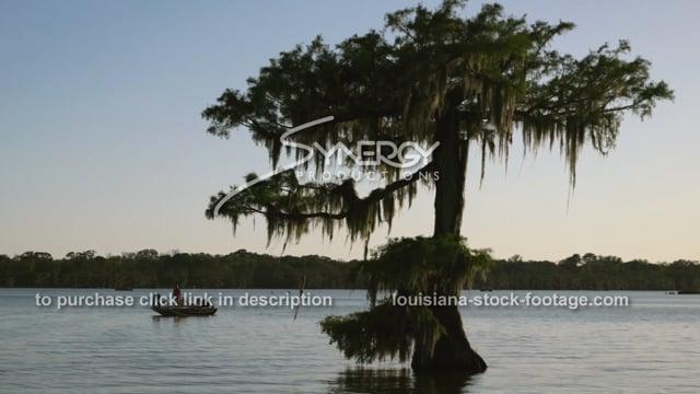 2924 fishing in Louisiana sportsman's paradise