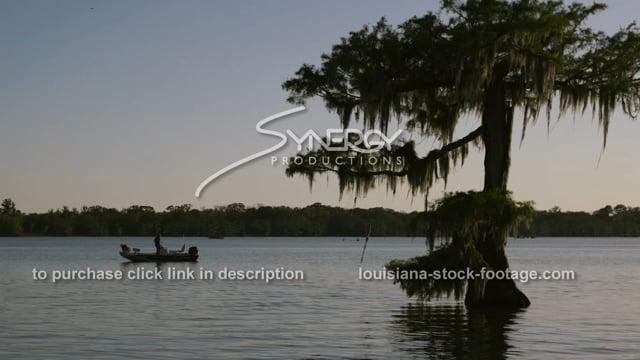2923 fishing on Louisiana lake