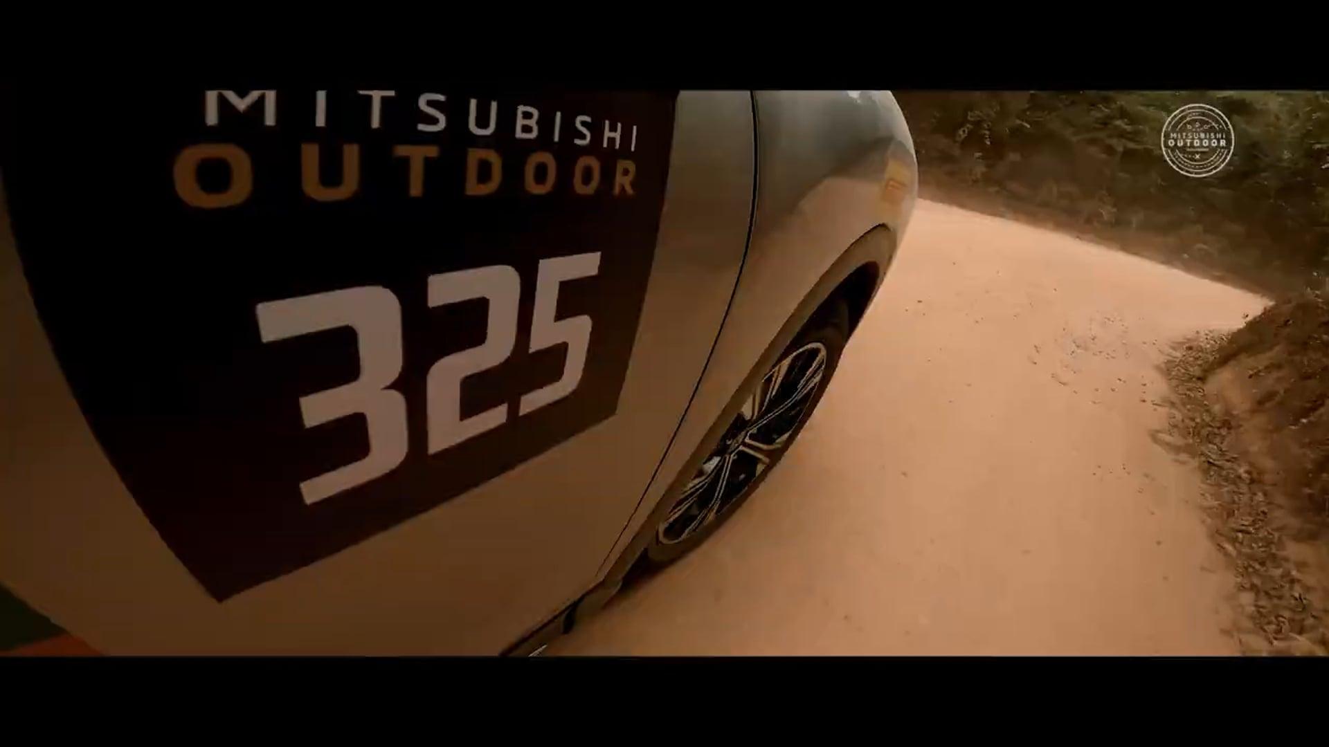 MITSUBISHI - Outdoors