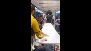 Daniele De Rossi scatenato nello spogliatoio dopo Italia-Inghilterra