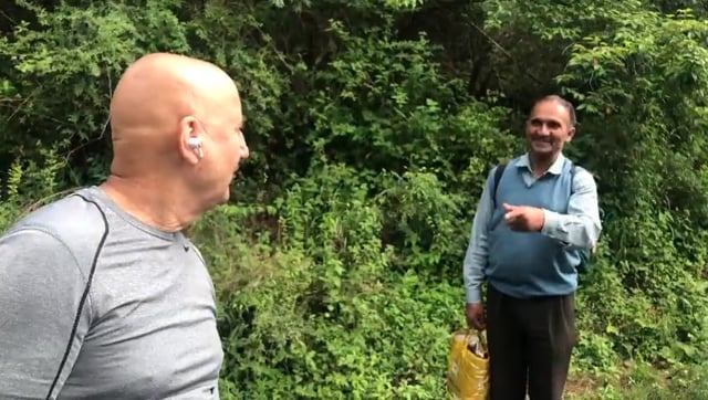 Anupam Kher's mantra, Kuch bhi ho sakta hai' a mantra that the world swears by. A very such incident took the internet by storm where Gyanchand Ji(from himachal) couldn't identify a man who has done 518 films and counting.. aka Anupam Kher. The genuinity and innocence of Gynachand ji made him an overnight sensation. And hopefully touched his life forever.