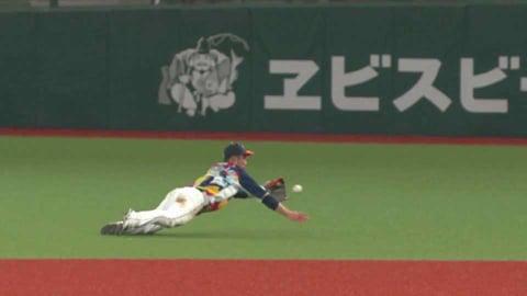 【7回表】ライオンズ・外崎 横っ飛びで出塁を許さないナイスプレー!! 2021/7/14 L-M
