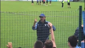 Sarri prende le difese di Muriqi durante l'allenamento della Lazio