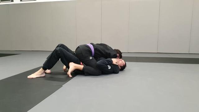 Sortie de la position montée quand l'adversaire saisit la tête