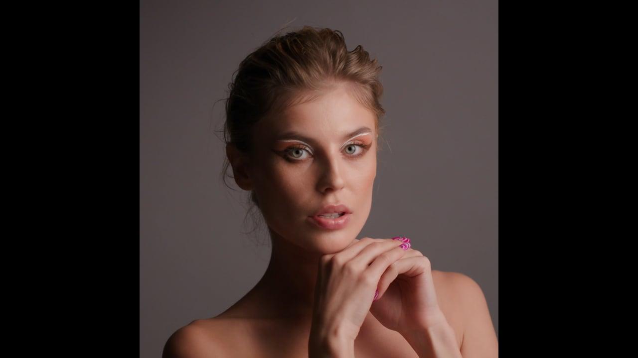 SS21 - Kryolan Make-up.  Look 3.