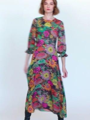 Vídeo: KARA DRESS CRAWLEY NV PRINT