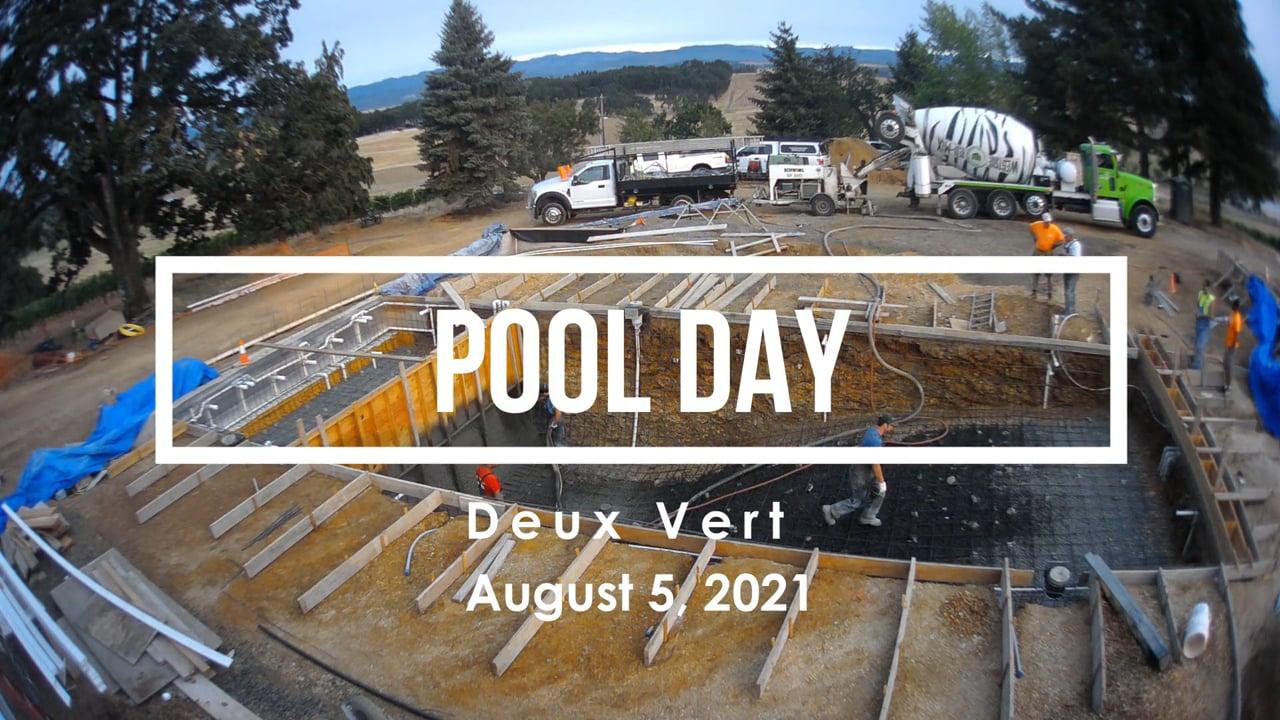 Deux Vert Pool Day