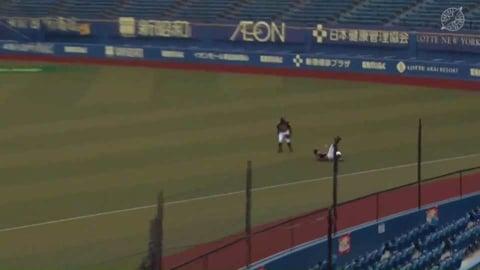 【ファーム】走って走ってナイスキャッチ!! ファイターズ・渡邉 難しい打球をスライディングキャッチ!! 2021/8/24 M-F(ファーム)