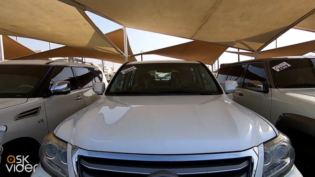 LEXUS LX570 SPORT - WHITE...