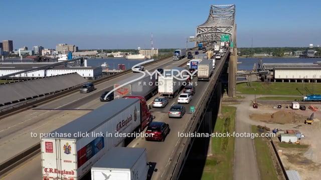 2982 Baton Rouge traffic jam video over Mississippi River