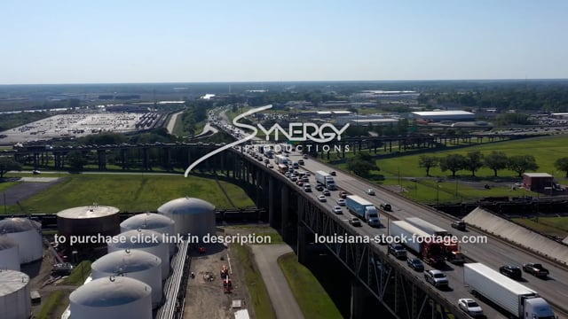 2992 traffic congestion backed up going into Baton Rouge Louisiana video footage