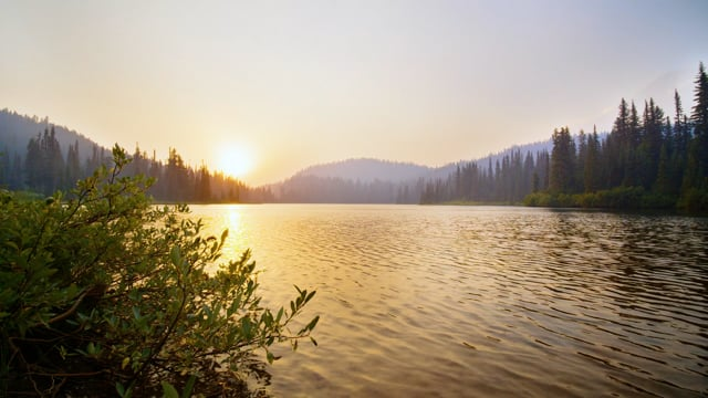4K Wildfire Smoky Sunset at Mount Rainier National Park