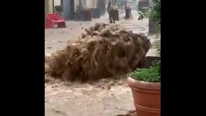 Le immagini della devastante alluvione a Soverato