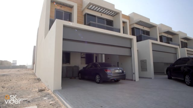 Amazing Huge size 4 bedrooms villa | Brand New| Roof Access| Best Quality